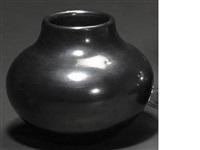 a san ildefonso jar by maria martinez