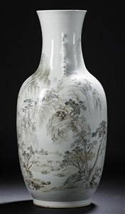 a large qianjiang enameled cheng men vase