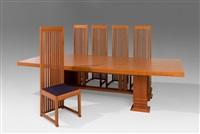 essgruppe bestehend aus tisch allen, entwurf und 10 stühle robie, entwurf 1908. ausführung cassina. aus by frank lloyd wright
