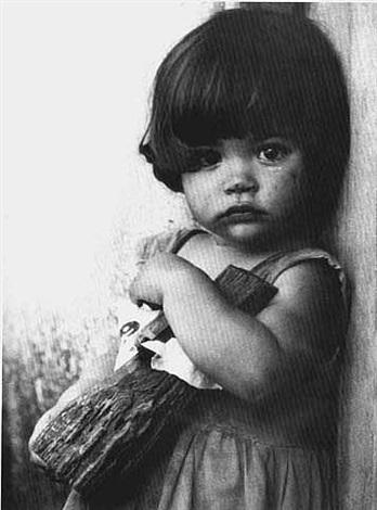 la niña con la muñeca de palo by alberto diaz gutierrez korda
