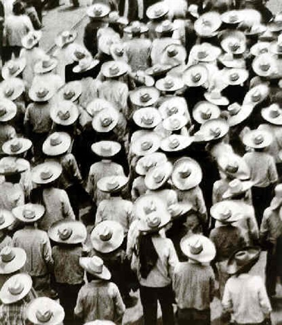workers parade (32198) by tina modotti