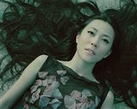 kimura yoshino wears alexander mcqueen #484 by izima kaoru