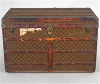 steamer trunk by louis vuitton