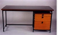 desk by jules wabbes