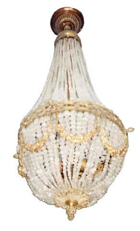 a gilt-bronze and cut glass chandelier (467)