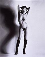 big nude, yuko by helmut newton