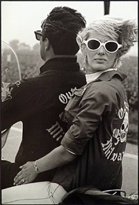 milwaukee by danny lyon