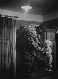 the human gorilla with his son peter, montmarte, 1932 by brassaï