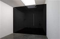 photo-souvenir : cut-out: jet black box on jet black wall, travail situé by daniel buren