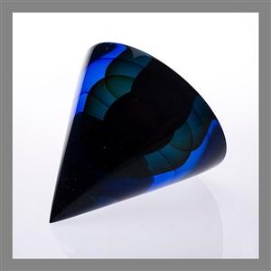 glass sculpture cor moris by timo sarpaneva