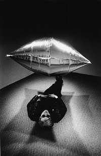 andy warhol under the silver cloud pillow, new york by steve schapiro