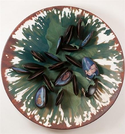 plate with clams by adriana varejão