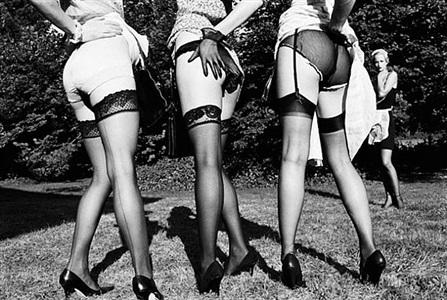 leg show, rouilly le bas by ellen von unwerth
