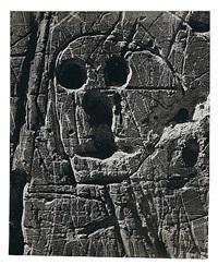 graffiti de la série iv, masques et visages by brassaï