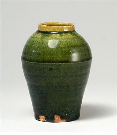 vase by ken matsuzaki