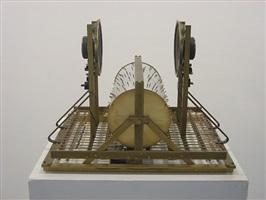 konspirerende kinetisk skulptur by kristoffer myskja