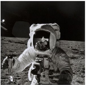 apollo 12, alan l. bean on the moon