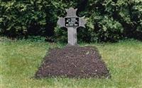 la tombe de l'artiste inconnu by guillaume bijl
