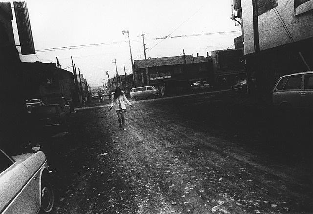 hokkaido, japon, 1971 (série northern) by daido moriyama