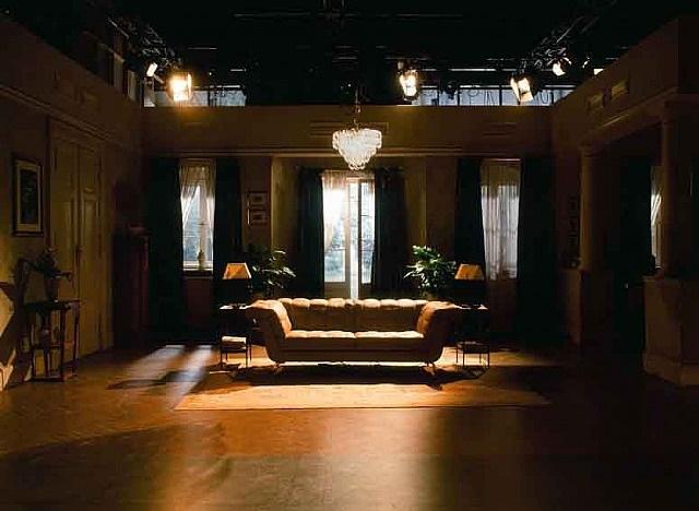 filmset, wohnzimmer by anna lehmann-brauns