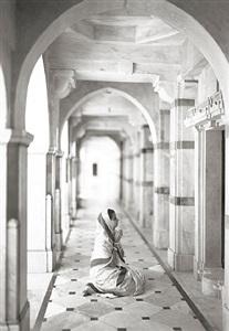 palitana #453, gujarat, india by kenro izu