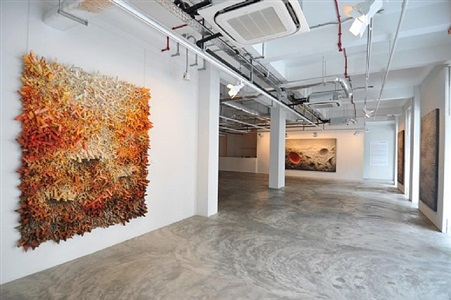 installation view - chun kwang young: assemblage 3 by chun kwang young