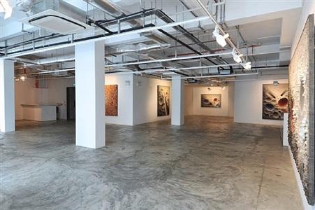installation view - chun kwang young: assemblage 8 by chun kwang young