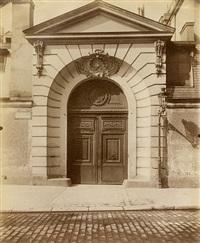 hôtel de poitiers, rue saint-dominique 3 et 5 by eugène atget