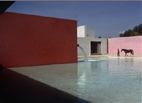 horse, pool and house by luis barragan, san cristobal, mexico by rené burri