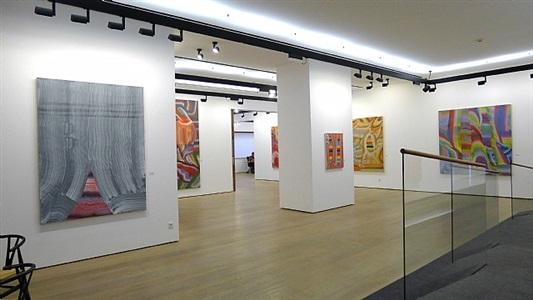 secos arabescos, panoramic installation view by josé manuel broto