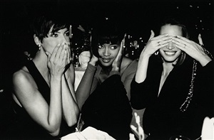 linda evangelista, naomi campbell, christy turlington, speaking, hearing and seeing no evil, fasion group party, plaza hotel, new york by roxanne lowit