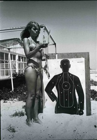 jane fonda (with target) by dennis hopper