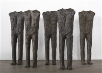 standing figures (5) by magdalena abakanowicz