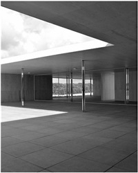 mies model study, bw v by joachim brohm
