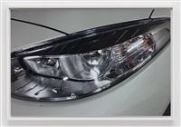 headlight (b) by wolfgang tillmans