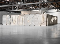 installation view, hauser & wirth by thomas houseago