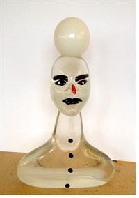 weiße glasskulptur by elvira bach