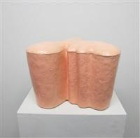flesh tinted urn 1 by hesselholdt & mejlvang