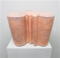 flesh tinted urn 2 by hesselholdt & mejlvang